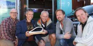 Fra venstre: Simen Johan Apenes (Netron), Espen Handegård (Handegård Arkitektur), Thor Moen (Smart Energi Hvaler), Vidar Pedersen (Snø Designstudio) og Kjetil Haugbro (Arena Magica).